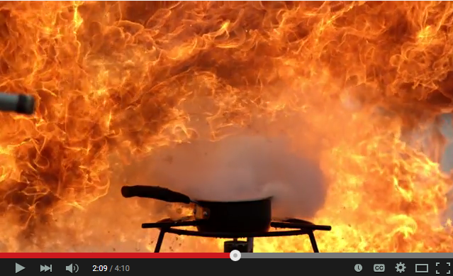 why you should never use water to put out a grease fire video nationalsafety 39 s weblog. Black Bedroom Furniture Sets. Home Design Ideas